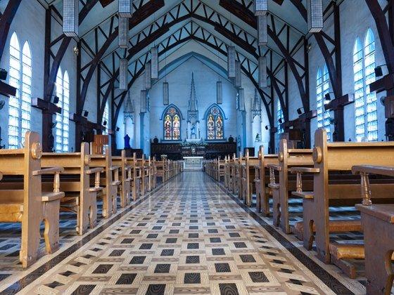 Choisir une sono pour une église et autres lieux de culte (mosquée, synagogue, temple, etc...)
