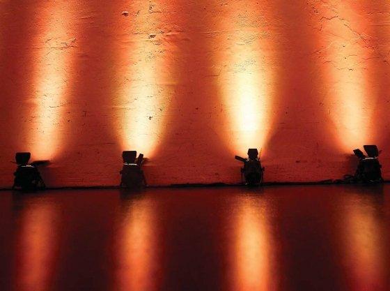 Projecteurs à LED pour spectacle   le guide complet éclairage architectural  ... 98b3701b0aea